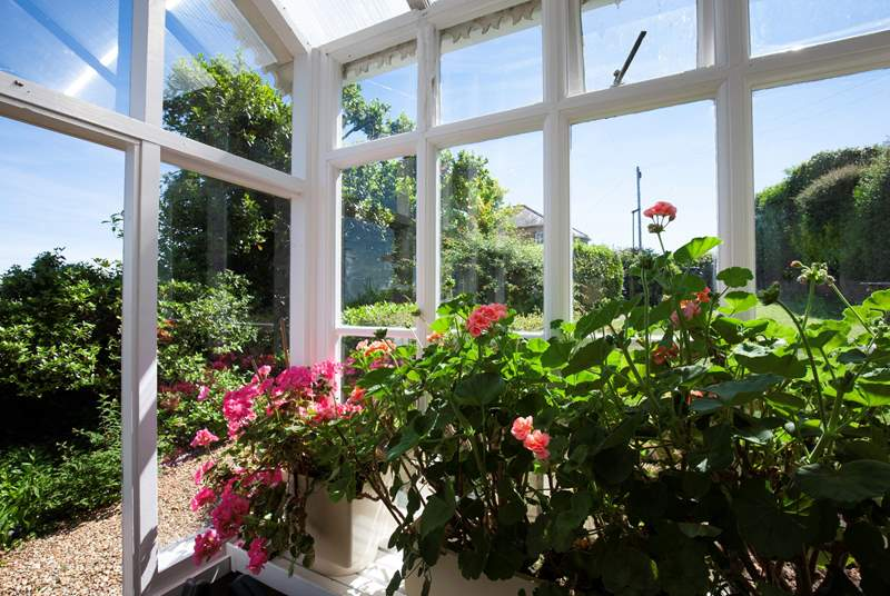 A bright flowering entrance hall welcomes you to Ivy Bank.