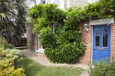 Mallards - Holiday Cottage - Seaview