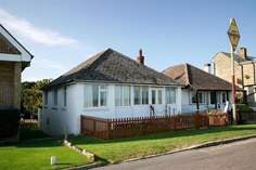 Merries - Holiday Cottage - Seaview