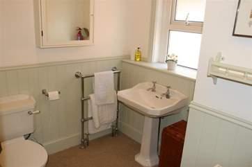 Orchard House family bathroom