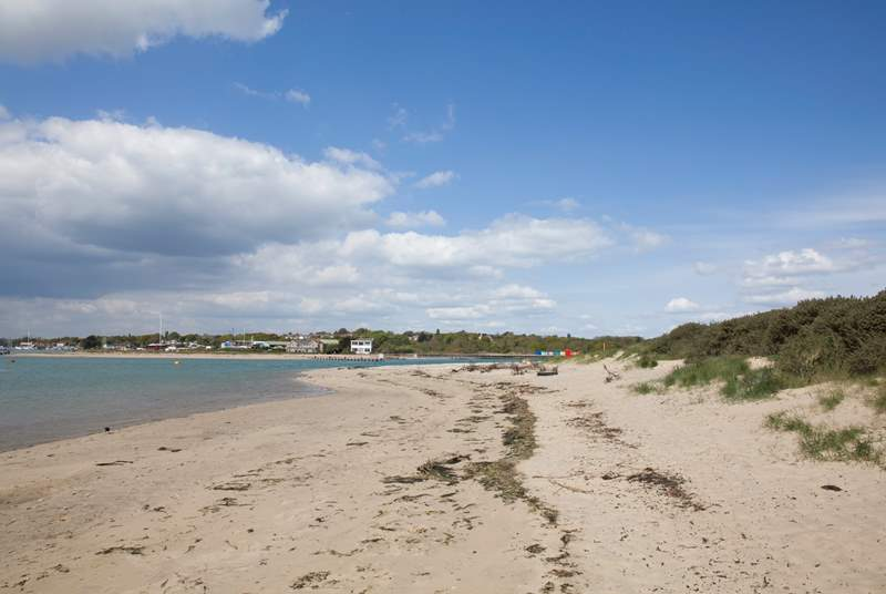 Just moments away is the stunning Bembridge beach, which is a lovely place to take a romantic walk, spend the day on the beach or go rock pooling.