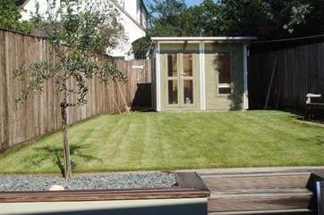 Fully enclosed garden at the rear of Raleigh Cottage