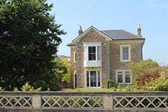 Seacrest House - Holiday Cottage - Ryde