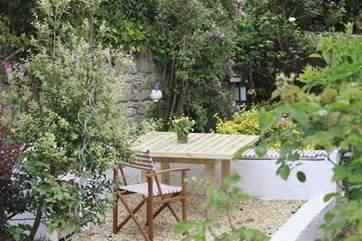 Pretty, peaceful cottage garden