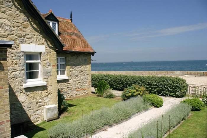 Cottages near Seagrove Beach