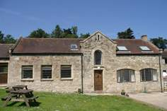 The Priory Coach House - Holiday Cottage - Seaview