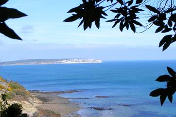 Views from the cliff top towards Sandown and Culver down