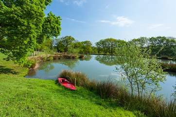 Spectacular lakes dotted around the grounds. Great for a spot of nature watching.