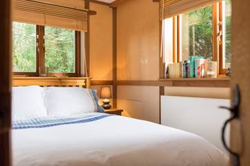Lie in bed and listen to the sound of the bamboo rustling in the breeze.