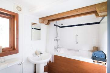 The en-suite bathroom with shower and Japanese bath.
