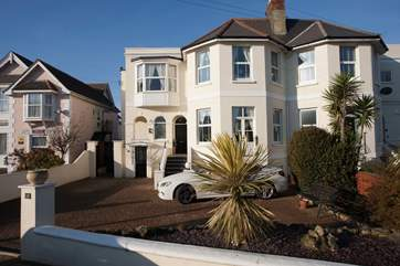Park Lodge Annexe is located a short distance from the beaches and amusements of Shanklin Seafront