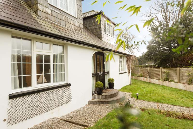 Driftwood is a spacious 1930s chalet bungalow, perfect for families and the garden is securely fenced.