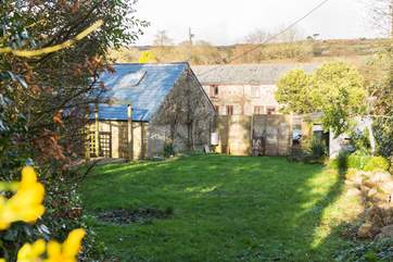 Looking back to the barn from the end of the garden.
