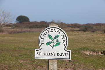 The Retreat is set in the protected National Trust land, St Helens Duver.
