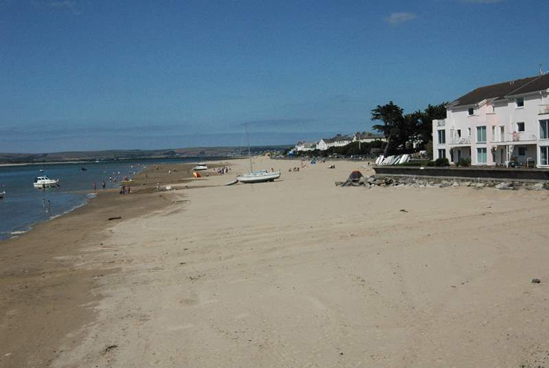 The beach at Instow is fabulous - miles of soft sand, and shallow pools to play in at low tide (not the view from the cottage but literally steps away).