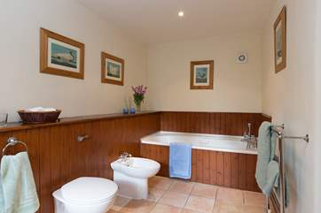 The en suite bathroom for the master bedroom is another excellent sized room.