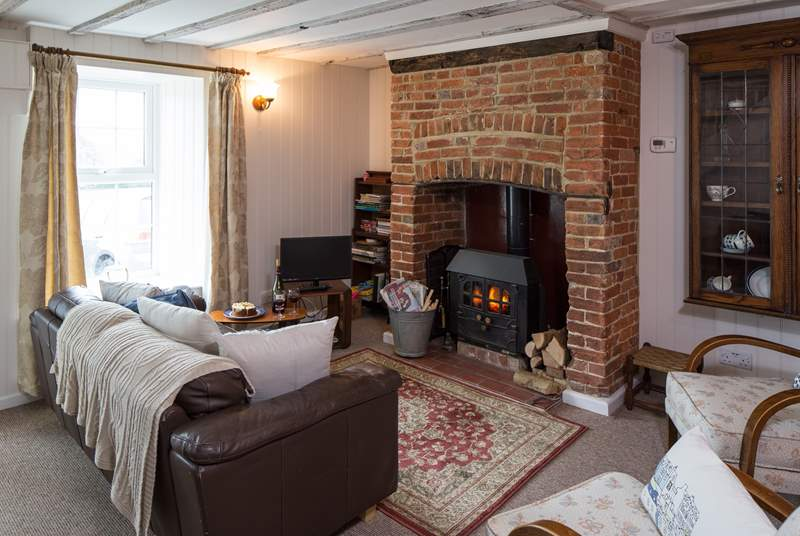 There is ample seating in the sitting-room to relax after a day exploring the Isle of Wight.