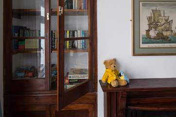 The bunk room is equipped with books, toys and even Mr Teddy!