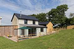 Great Ash Barn - Holiday Cottage - 5.3 miles NW of Crediton