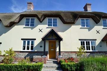 Tolpuddle Cottage is recently built but in a very traditional style.
