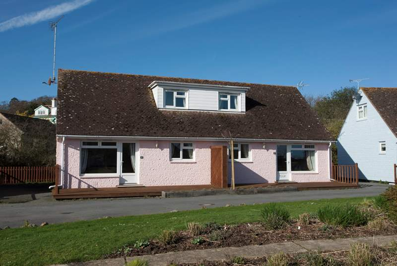3-4 Tollgate Cottage is a integrated property providing a large space for a family holiday