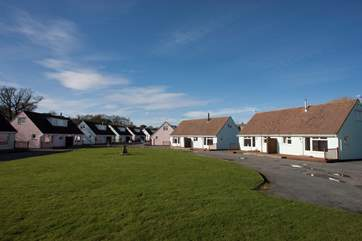 The Tollgate Cottages are set in a quiet complex, set just back from Seaview beach