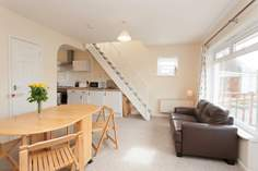 17 Tollgate Cottage sleeps Sleeps 4 + cot, Seaview.
