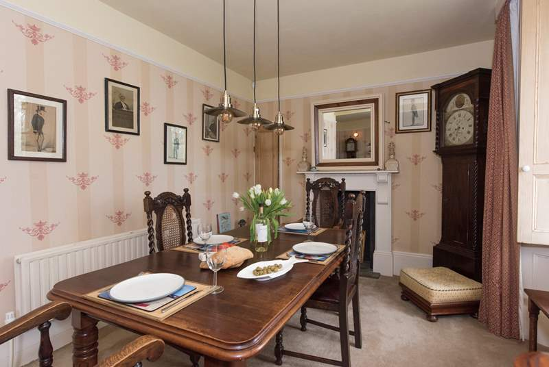 A dining-area perfect for a family gathering.