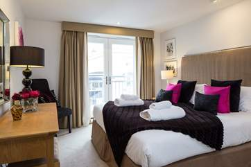 Bedroom 1 boasts a fabulous super-king size bed which can be made up as twin beds.
