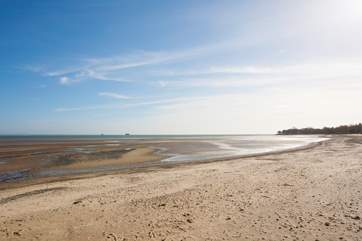 Seaview has a fantastic beach to take a romantic stroll, a day relaxing by the sea or rock pooling in the evening