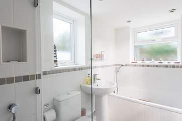 The shower in the en suite bathroom.