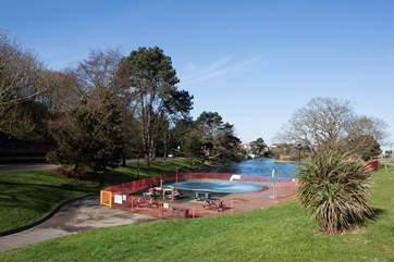 Cool the kids off on a warm summer's day in the paddling pool, just a five minute walk away on Ryde seafront.
