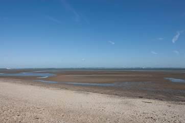 Being just a few minute's away from the beach means you can have the perfect holiday cottage for a holiday by the sea.