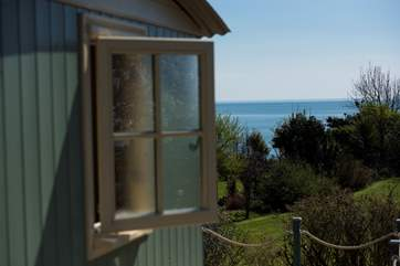 Seacliffe has fabulous 180 degree sea views.