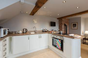 There is a well fitted kitchen with all that you will need in this perfect bolt-hole for two.