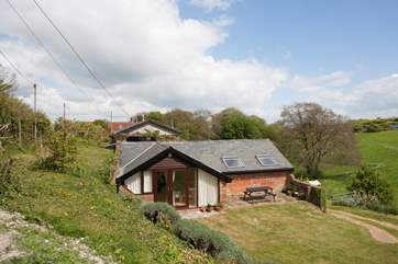 The Piglet is a two bedroom barn conversion in the village of Calbourne surrounded by stunning scenery