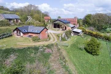 The Piglet is situated next door to The Studio, ideal if you would like to holiday with family or friends