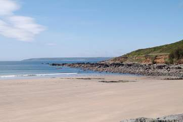 The lovely beach at Perranuthnoe is less than 3 miles from the cottage.