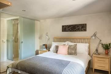The fabulous en suite double bedroom.