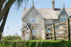 Trefusis Lodge - Holiday Cottage - Flushing