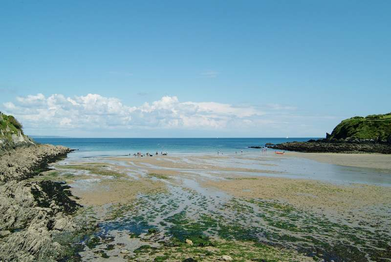 Portmellon is another pretty beach found on the coastal footpath just beyond Mevagissey.
