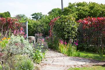 The Isle of Wight is renowned for its glorious sunshine, enjoy it in the pleasant garden