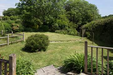 Lovingly maintained lawn at Oak Cottage.