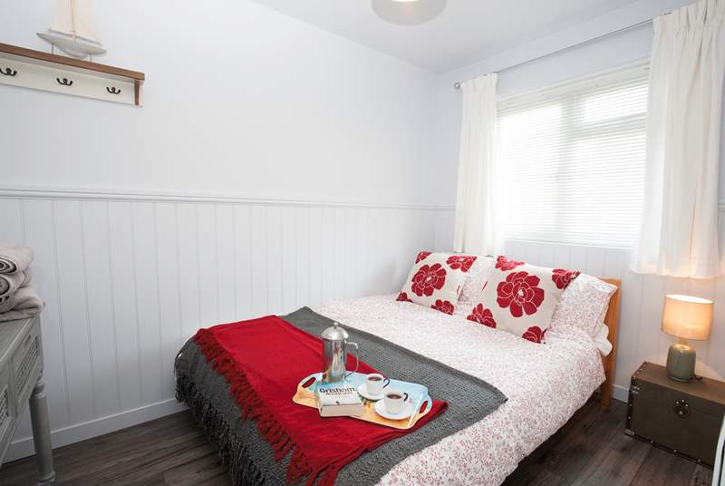 Why not treat yourself to breakfast in bed in the delightful master bedroom