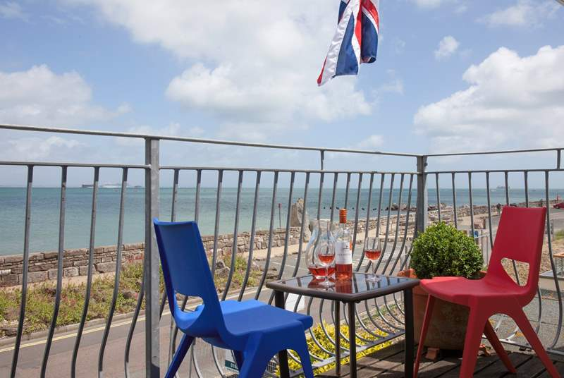 Can you picture yourself sat here, wine in hand watching the ships sail by?