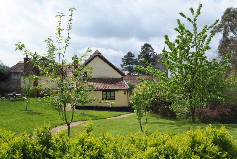 This cottage has fabulous gardens - all safely enclosed which is such a bonus.