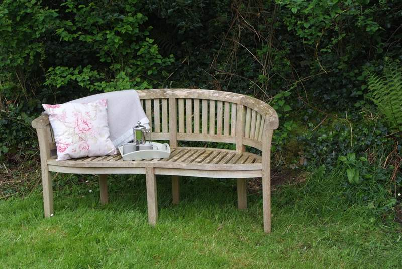 Or, you can stroll from the cottage to explore the unspoilt countryside of the Blackdown Hills Area of Outstanding Beauty or simply relax in Appletree Cottage's lovely garden.