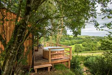 King's Cabin is set on a hillside with wonderful countryside and valley views.