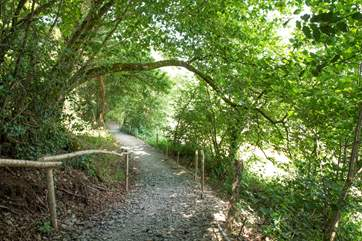 A path (steep in places, take care) leads up to King's Cabin.