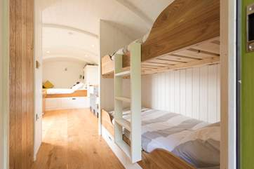 There are 2'6'' bunk-beds at the other end of the hut, ideal for children or adults.